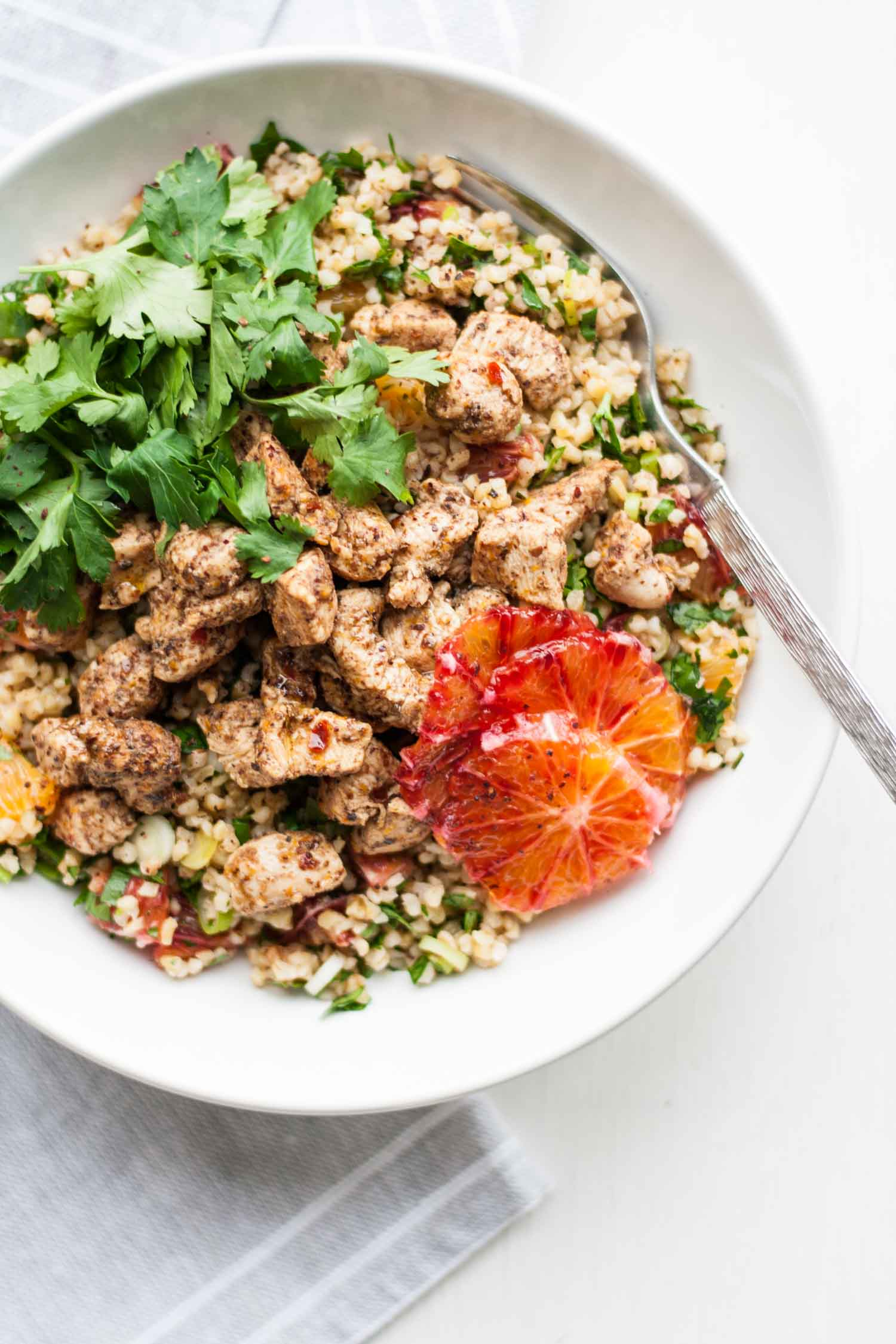 Blood Orange Sumac Chicken Tabbouleh – a fresh and vibrant bulgur wheat salad recipe, bursting with bright flavours and perfect for healthy packed lunches | eatloveeats.com