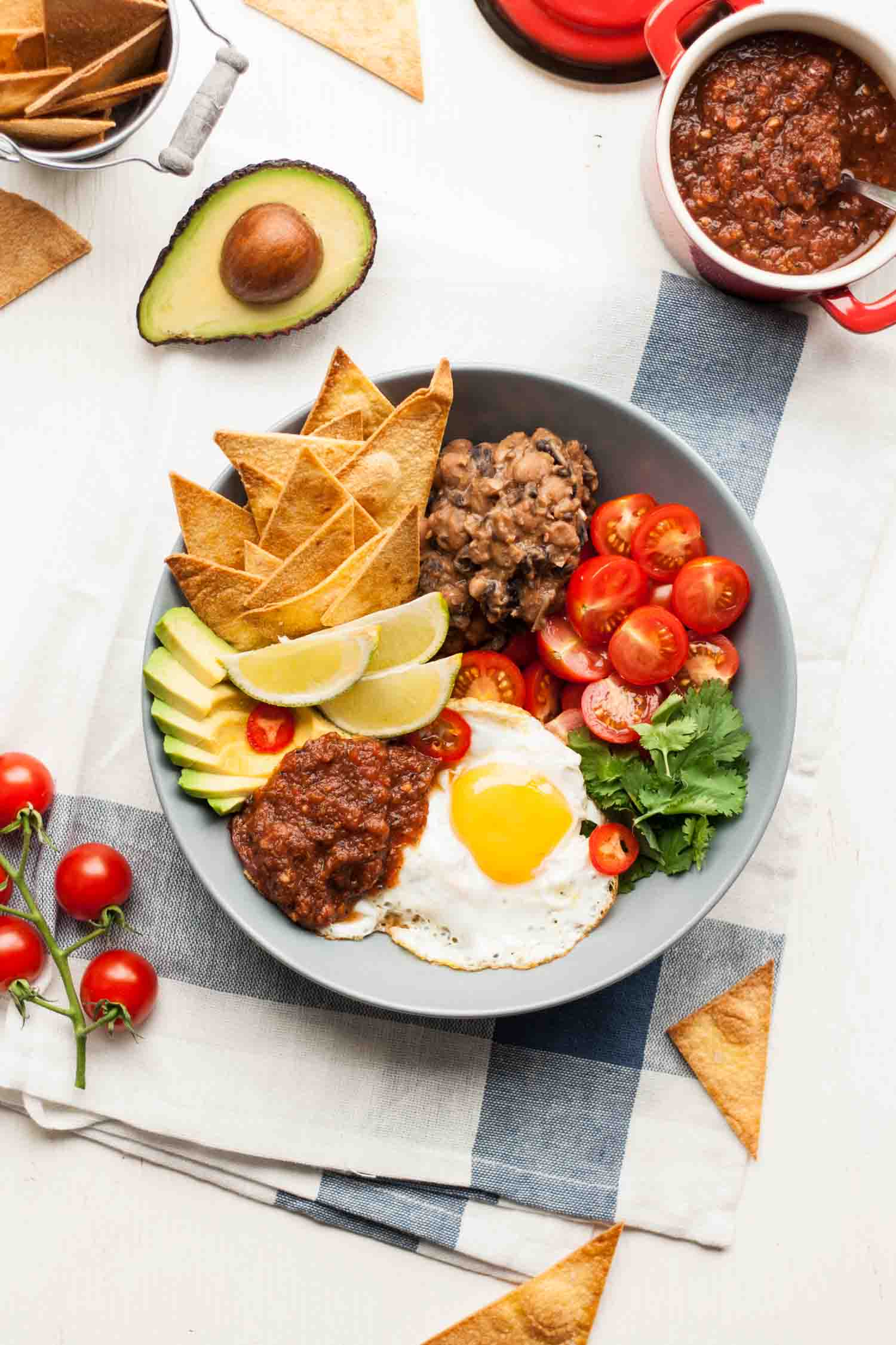 Huevos rancheros bowl eat love eat huevos rancheros bowl your favourite mexican breakfast recipe in bowl form perfect for lunch forumfinder Gallery