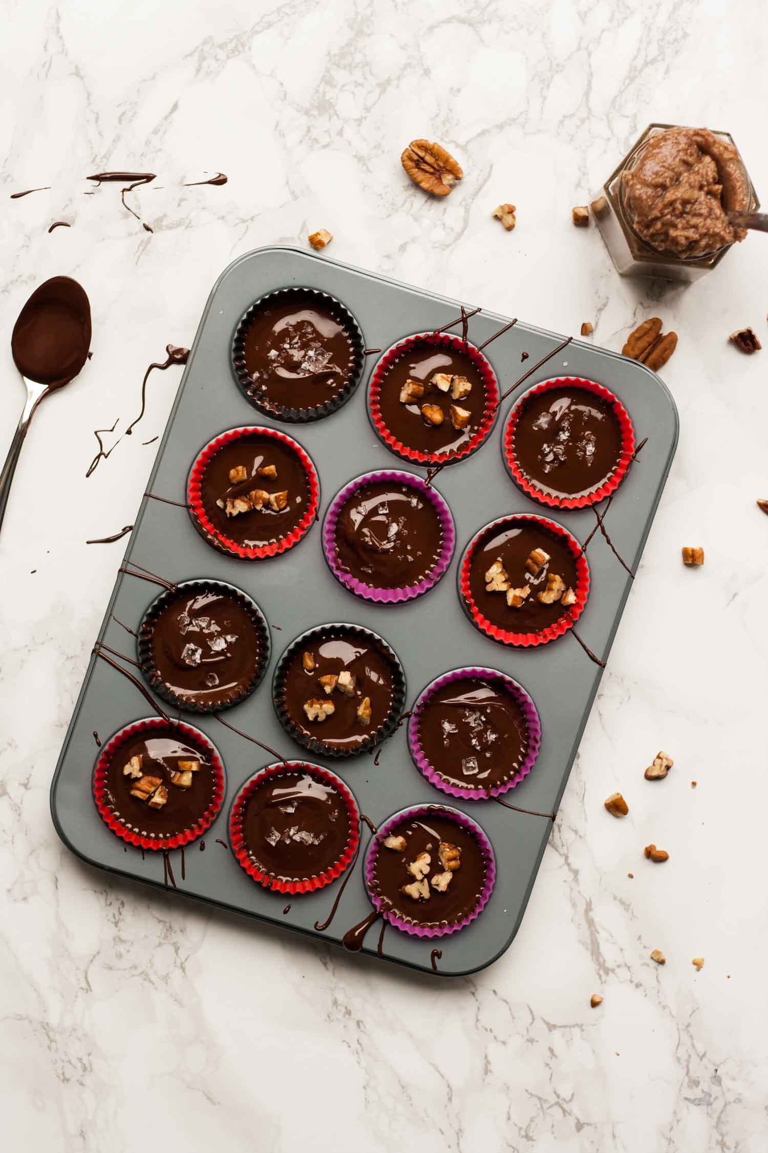 Maple Pecan Butter Cups - the perfect autumnal sweet snack, full of the flavours of rich maple syrup and toasty pecans (vegan) | eatloveeats.com