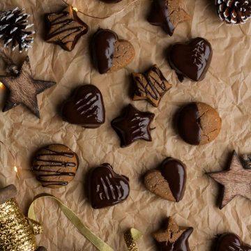 Chocolate Dipped Lebkuchen