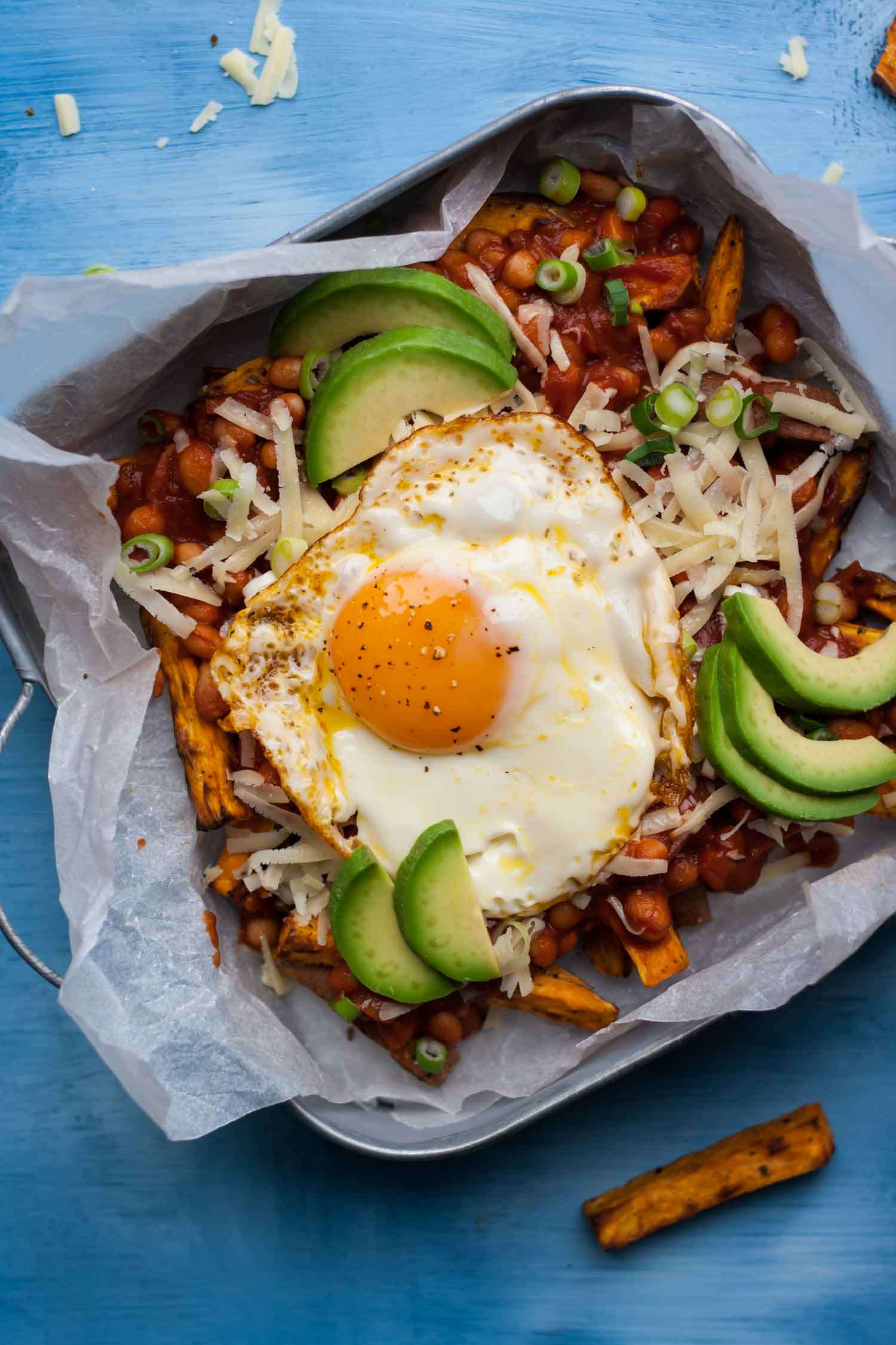 Loaded Sweet Potato Fries - these loaded sweet potato fries are topped with the most delicious, quick and easy smoky beans!   eatloveeats.com
