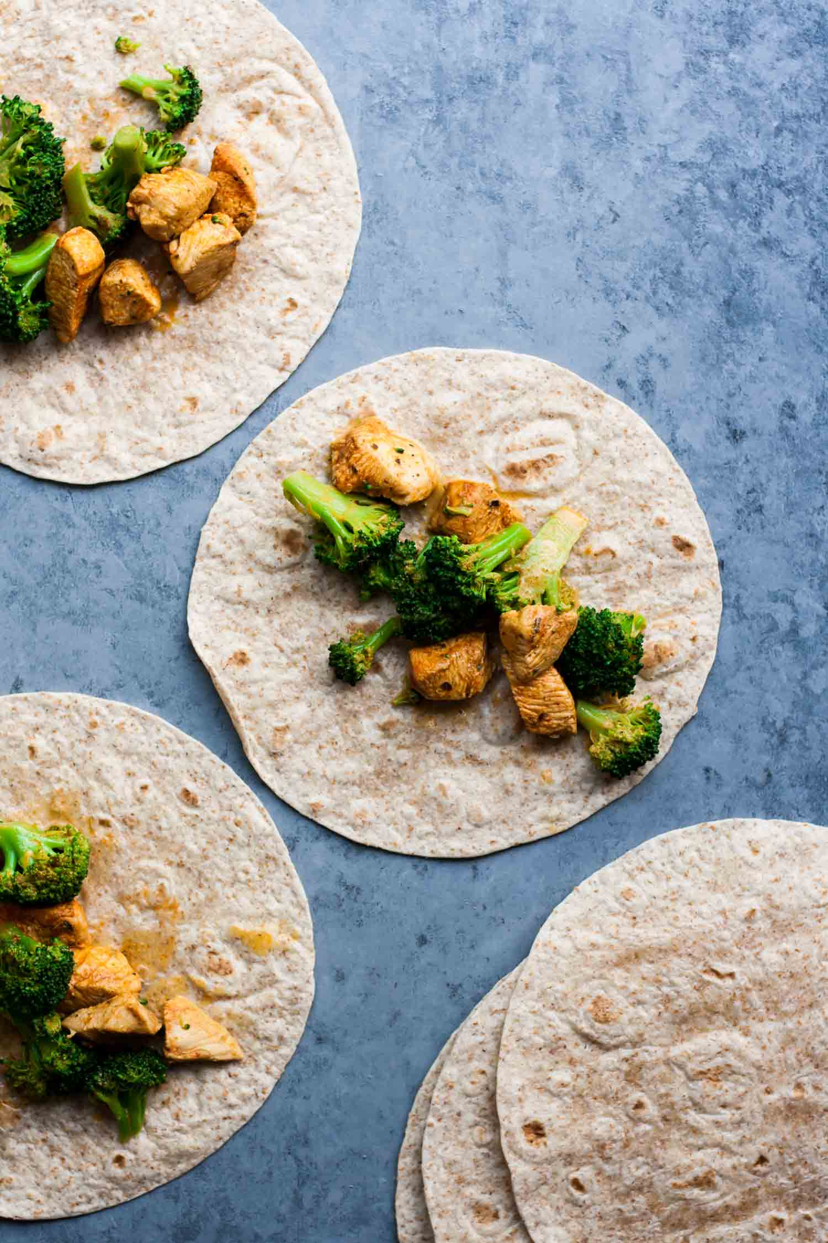 Easy Green Enchiladas | Quick Dinners | Chicken Enchiladas | Chicken Recipes | Simple Recipes