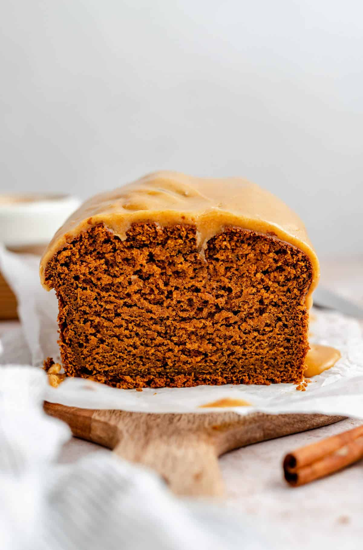 photo of the open sliced end of the pumpkin ginger bread loaf showing the texture of the bread up close