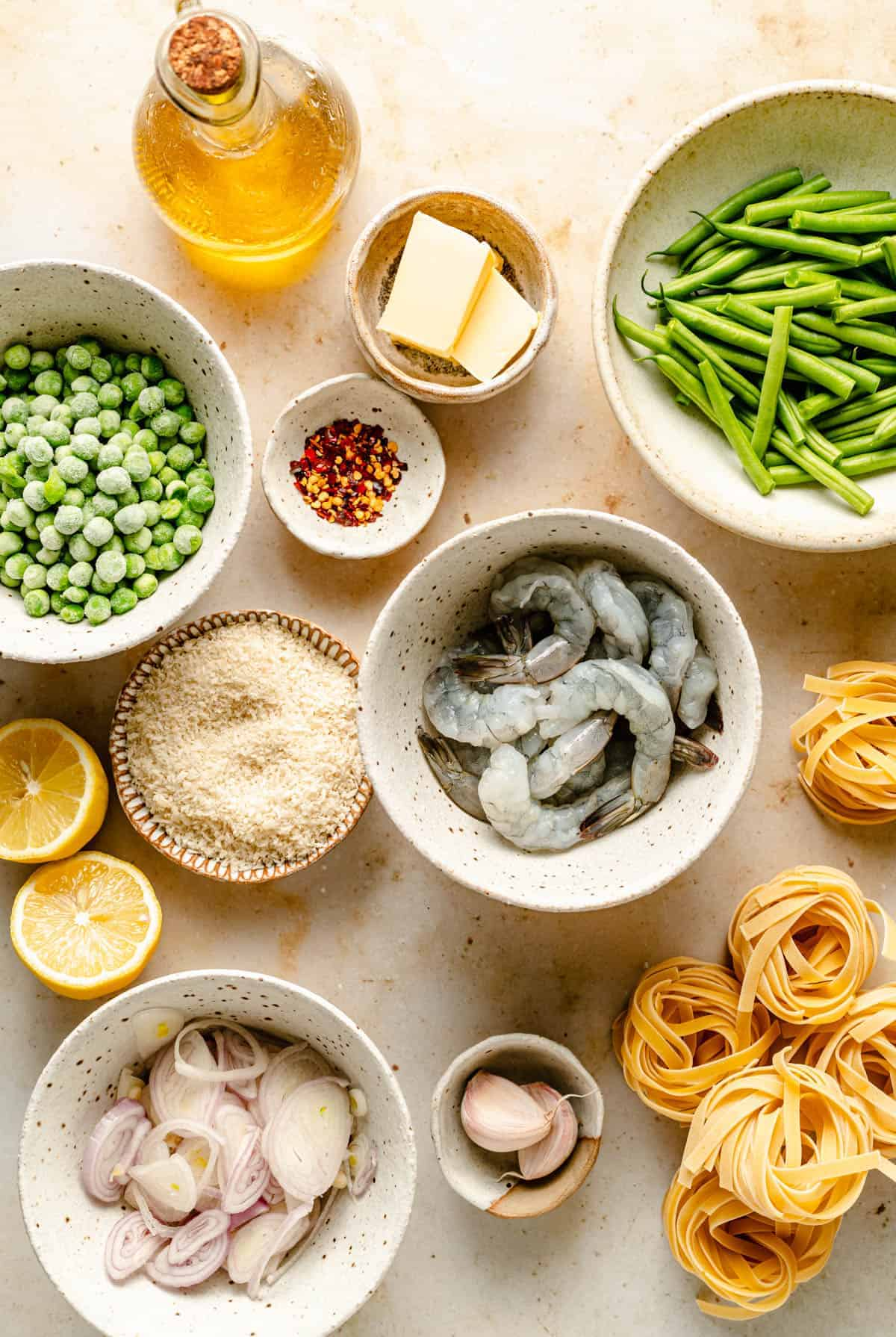 Ingredients used, including shrimp, lemons, peas and beans