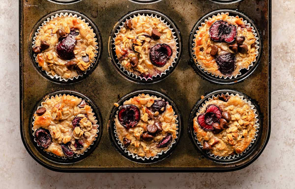 baked oatmeal cups in a muffin tin